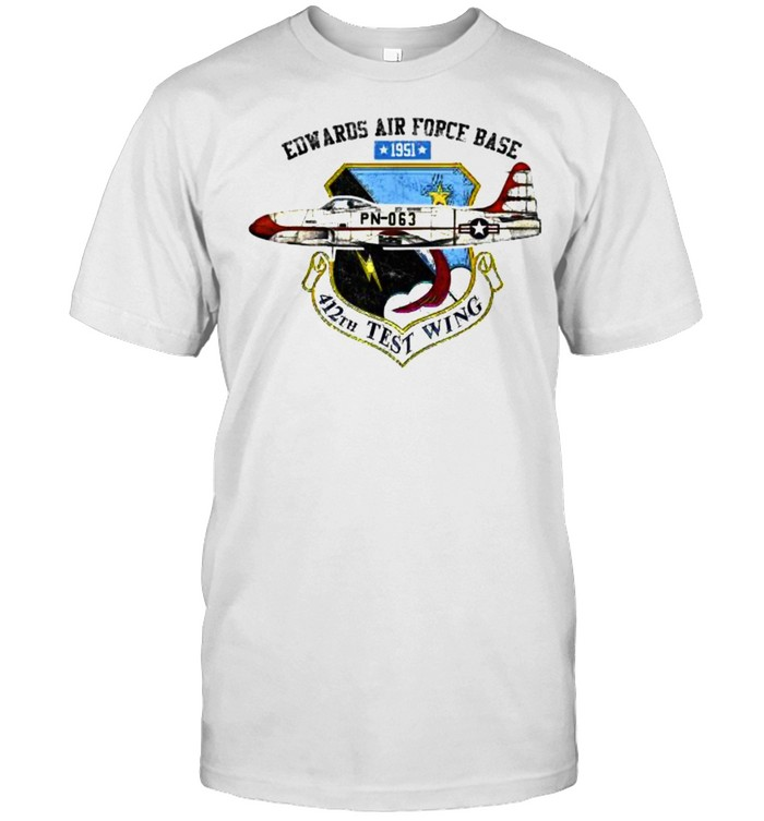 Edwards Air Force Base 1951 412th Test Wing T- Classic Men's T-shirt