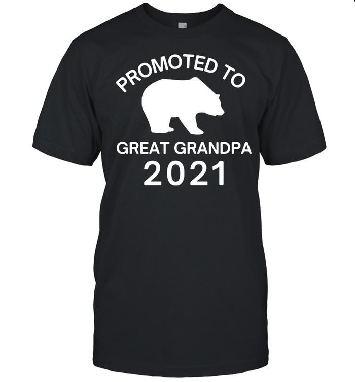 Promoted to Great Grandpa 2021 Bear T-shirt Classic Men's T-shirt